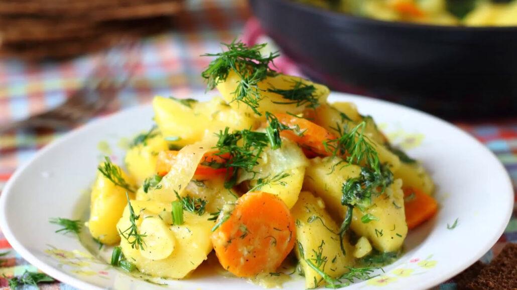 Картофель тушеный в мультиварке рецепт