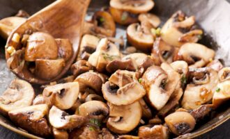Жареные грибы в мультиварке
